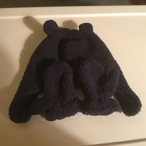 Carters Boys Navy Blue Fuzzy Hat & Mittens 12-24m